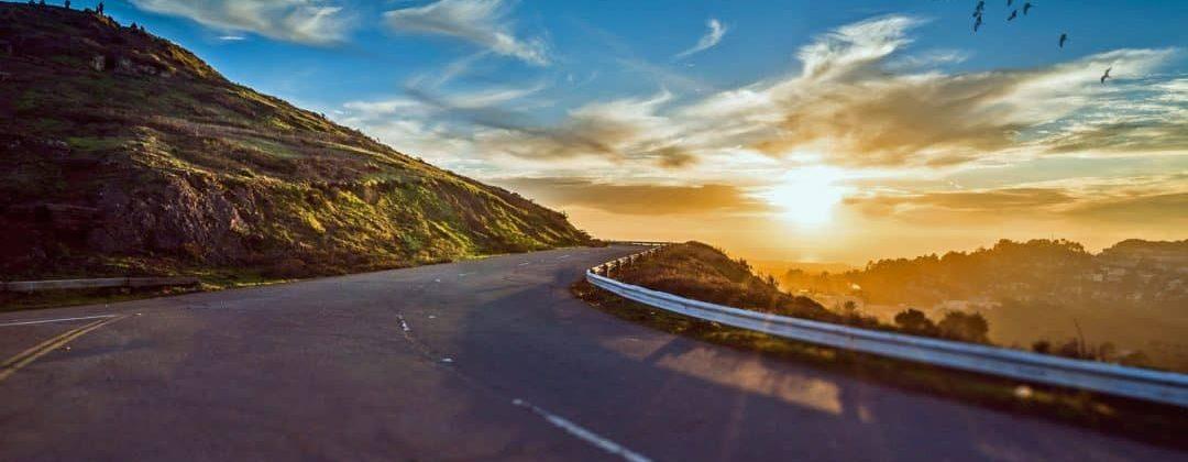 mountain-road-1556177_1920-1080x675